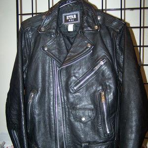 VTG STAR USA BLACK LEATHER MOTORCYCLE JACKET S3343